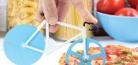 Een pizzasnijder in de vorm van een racefiets